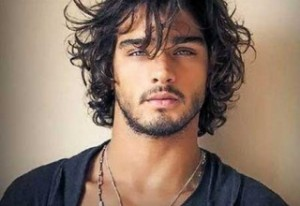 natural-curls-hairstyle-men