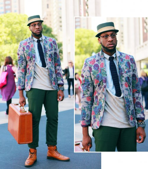 Guide to Wearing a Print Blazer - Steetstyle