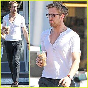 Ryan Gosling White Shirt Street Wear