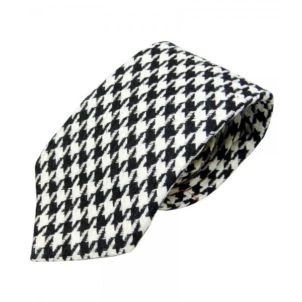Farrells – Black & White Wool Pattern Tie