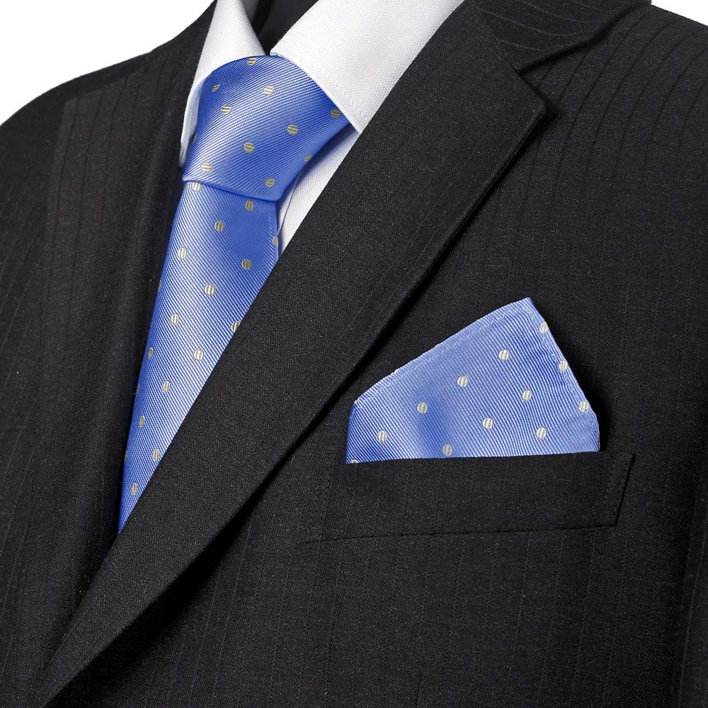 Style Mistake - Matching the tie and pocketsquare